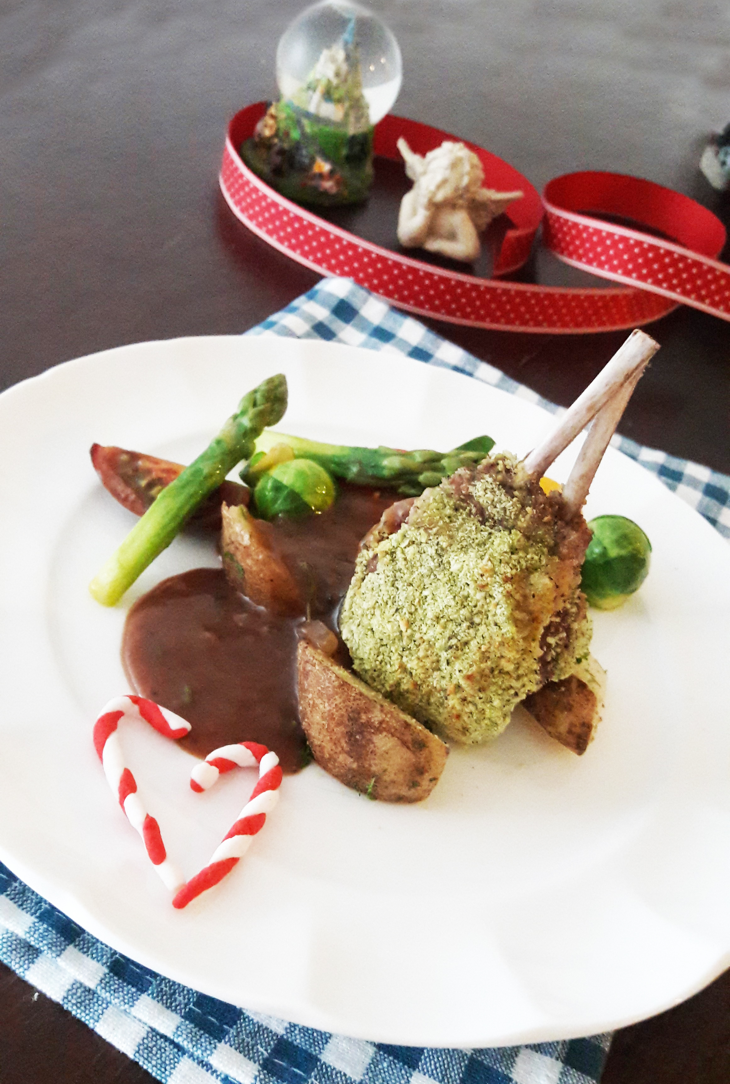 herbs crust lamb rack 香料烤羊排